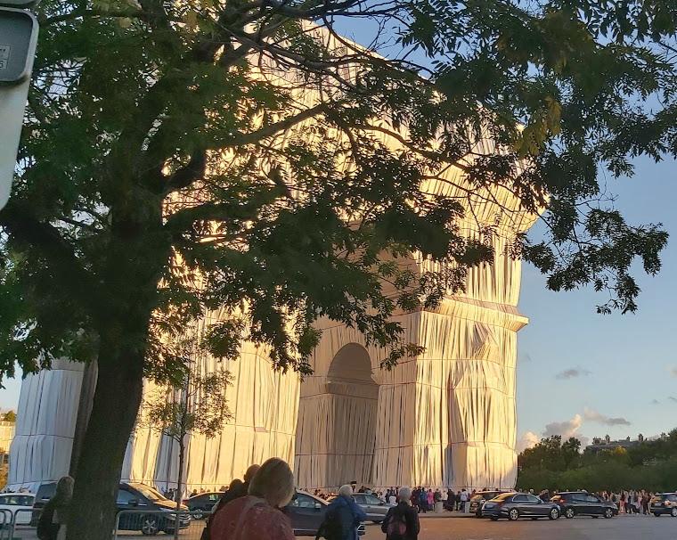 VISIO L'Arc de Triomphe empaqueté par Christo – mercredi 20 octobre 2021 à 18h30